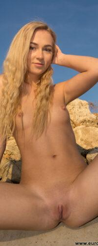 Jenny Wild13